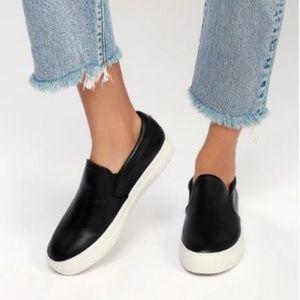 Steve Madden Gills Black Leather Slip On Shoes